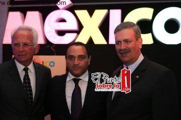 Encabeza el gobernador a la delegación que participa en la feria internacional de turismo de Berlín