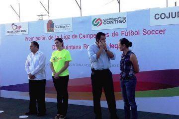 ¿José Alberto Alonso Ovando, no es ejemplo de educación porque no es maestro?