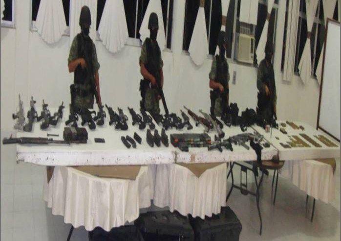 Personal militar aseguró armamento y droga en Cancún, Q. Roo.