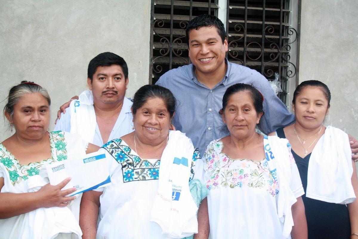 Comunidades de JMM, demuestran apoyo a Fernando Zelaya.