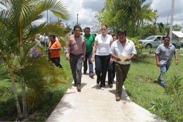 Recorre Marana Zorrilla de Borge comunidades de Bacalar