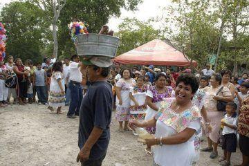 Se engala Rancho Viejo con la fiesta en honor a la virgen de Fatima