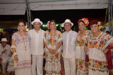 Mauricio Góngora respalda tradiciones y festividades