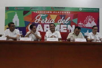 Mauricio Góngora renueva la Feria del Carmen