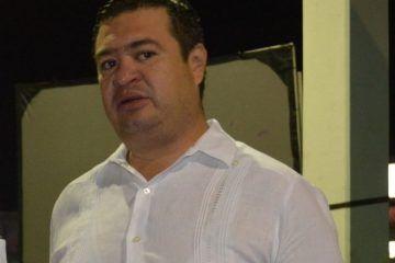 """El Colmo el regidor """"foráneo"""" Israel Hernández Radilla defendió intereses de los Chetumaleños"""