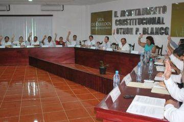 Regidores capitalinos arrollados por el peso político de Espinosa Abuxapqui