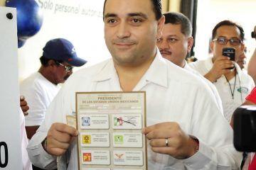 Convoca el gobernador Roberto Borge a los quintanarroenses para acudir a las urnas