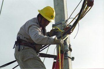 Suspensiones en la energía eléctrica colapsa las actividades en Chetumal