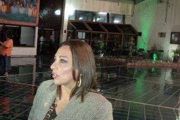 Tal cual mexicana, Cora Amalia no acepta la derrota
