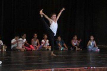 Mauricio Góngora impulsa la primera Escuela de Iniciación Artística en Quintana Roo