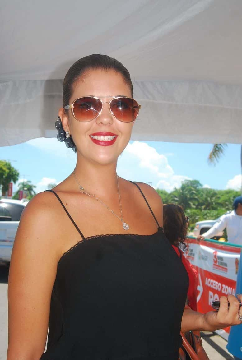 Sara Morales.