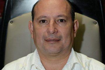 Mario Machuca deja vestidos y alborotados a los habitantes de Puerto Morelos y Nicolás Bravo