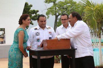 """""""Hoy refrendamos nuestro compromiso con Quintana Roo"""", Abuxapqui"""