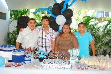 SOCIALES: Llega A La Mayoria De Edad Angel De Jesus Ortiz Buenfil