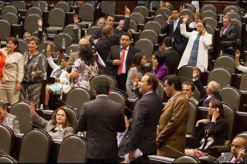 Diputados aprueban dictamen de la Ley de Ingresos del 2015