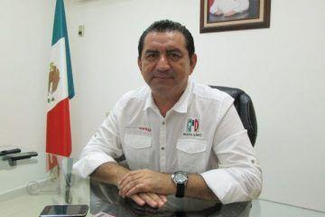 """""""Con pies de plomo"""" aspirantes del PRI a diputaciones federales: Mario Castro"""