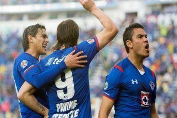 Cruz Azul masacra 4-0 al líder América en el Clásico Joven