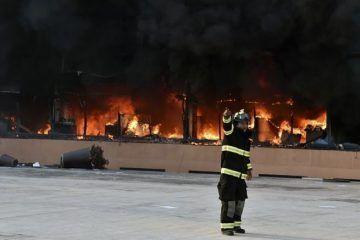 Alumnos incendian el Palacio de Gobierno de Guerrero