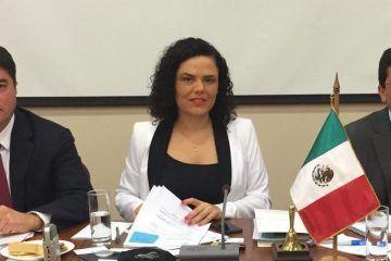 """Preside en Chile el senador Félix González el panel sobre """"iniciativas parlamentarias para la protección del medio ambiente"""""""