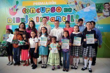 Premia CDHEQROO en Solidaridad Concurso Estatal de dibujo sobre derechos de niñas y niñas