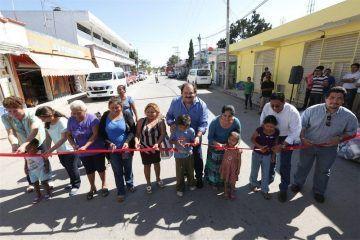Inaugura Abuxapqui obras de pavimentación en 4 comunidades