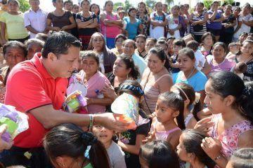 """""""El Pato"""" entregará juguetes a niños de Comunidades de Felipe Carrillo Puerto"""