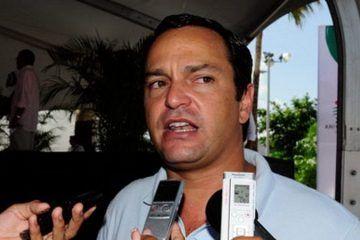 """Paul Carrillo presume que con su """"trabajo"""" ganarán las elecciones del 2015 en Cancún"""