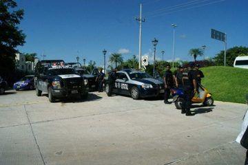 Policía federal y Tránsito intensifican operativo para evitar accidentes en carreteras de QROO