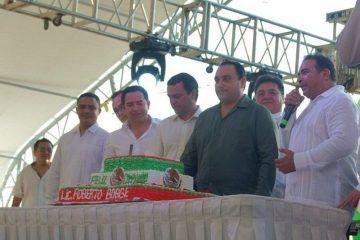 La Ola Verde de Cancún organiza ágape al Gobernador Beto Borge por cumplir 35 años