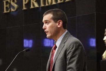 Licencia del senador Jorge Emilio González (el niño verde) genera reacciones