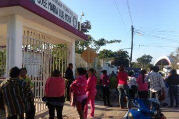 Más escuelas de FCP se suman a reclamo por horario de entrada