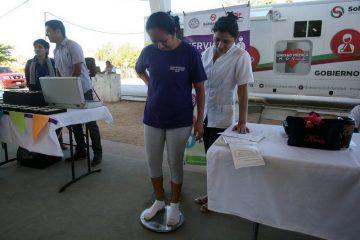 Instruye Mauricio Góngora, servicios de salud, gratuitos y de calidad a través de la Unidad Médica Móvil