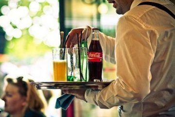 Bajan ventas de Coca-Cola en México por impuesto