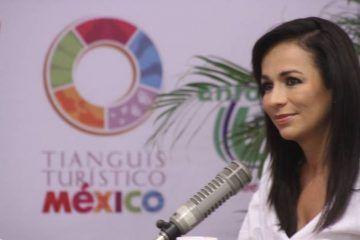 Le jalan las orejas a Laura Fernández Piña