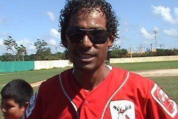 """Envidias, inventos e imposiciones tienen contrala pared al béisbol en Quintana Roo, """"Diablo"""" Rinza"""