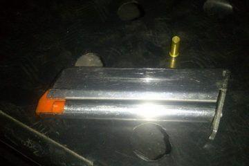 """Detienen a """"Compa"""" con cargador y cartucho percutido de revolver .38 en Santa Elena"""