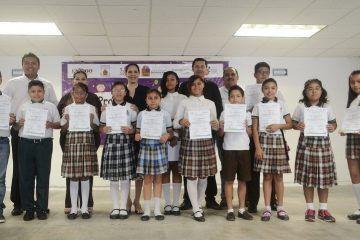 Niños y niñas se expresan en concurso del Parlamento Infantil