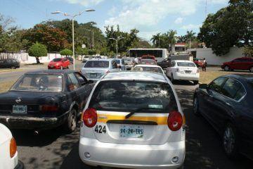 Caos vehicular en centro de Chetumal por remodelación de la Héroes
