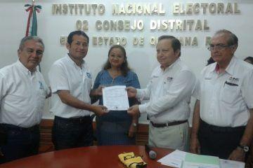 Realiza el Panal el registro de sus representantes a las diputaciones federales