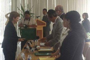 Galardonan en el DF a catedrática de la Universidad de Quintana Roo (Uqroo)