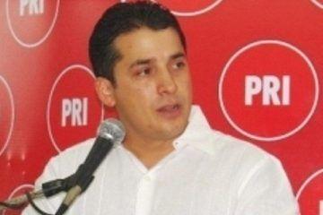 """Dirigente municipal del PRI dará el """"tiro de gracia"""" a su medio hermano."""