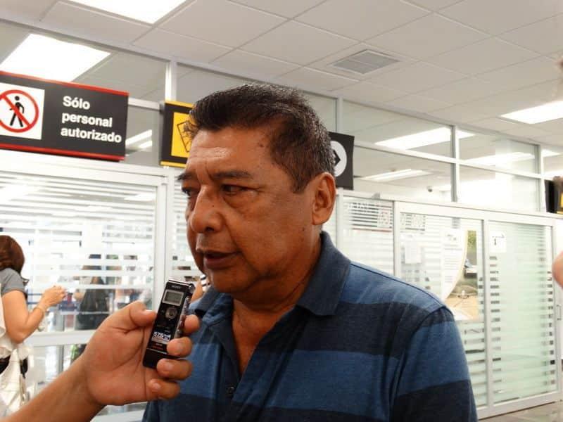 José Luis Sánchez Chau ORIGEN: Chetumal Quintana Roo DESTINO: México Distrito Federal. MOTIVO: dijo que producción de chile habanero es redituable, ya que si se invierten aproximadamente 10 mil pesos por hectárea se logran una ganancia aproximada del 80 por ciento.