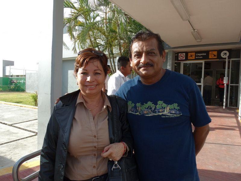 Socorro Cuevas ORIGEN: México Distrito Federal. DESTINO; Chetumal Quintana Roo MOTIVO: retorno después de realizar unos trámites para el Sindicato del Seguro Social, fue recibido por su esposo Manuel Carrillo