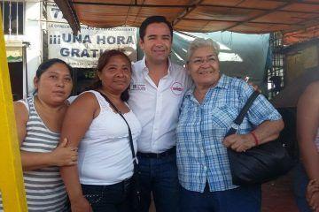 """En caso de ser favorecido con el voto, Internet gratuito en todas las escuelas públicas: José Luis """"Chanito"""" Toledo"""