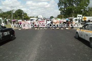 Bloquean carretera exigiendo destitución del delegado de Francisco Villa