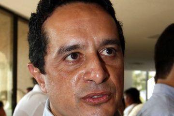 Carlos Joaquín se reserva sus aspiraciones políticas