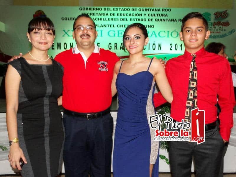 Lili Teyer Escalante, Carlos Soberanis Ferrao, Ana Laura y Losé Carlos, Soberanis Teyer