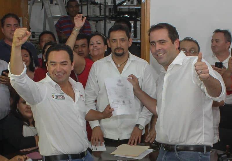 Constancia de mayoría oficializa triunfo de Chanito Toledo
