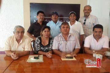 """Nació un """"bronco-taxista"""" que aspira gobernar Cancún"""