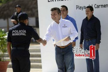 Cumple Mauricio Góngora con profesionalizar a la policía municipal